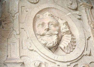 Detailansicht eines behauenen Sandsteins