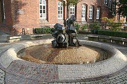 Zwergenbrunnen Hoya